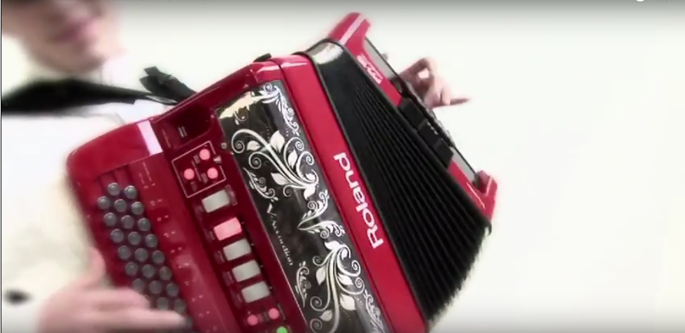Ron Pearce Music Adelaide – Accordions and Accessories